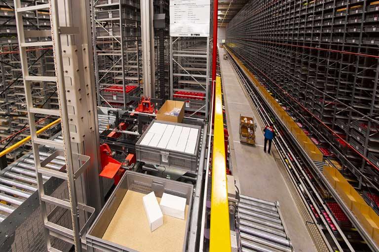 Almacen inteligente mediante automatismo industrial